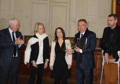 Trophées 2015 : François Bayrou félicite les Epl paloises