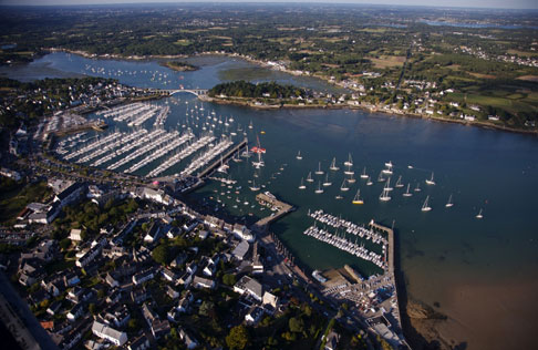 La Sagemor a lancé en janvier 2012 un questionnaire par internet à l'intention des usagers des 12 ports de plaisance qu'elle gère dans le Morbihan, comme ici à la Trinité-sur-Mer. © P. Plisson