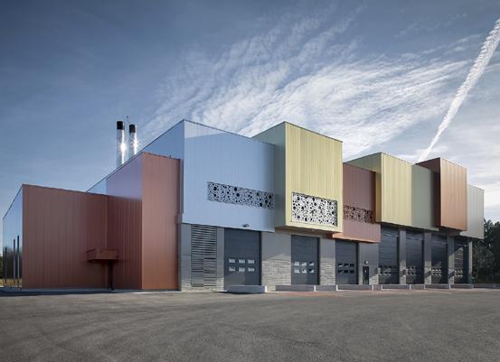 Sous la conduite de la Serm, la nouvelle centrale de cogénération biomasse montpelliéraine ne se contente pas d'abriter une innovation technique. Elle aussi la faire rimer avec esthétique ! ©Marie-Caroline Lucat